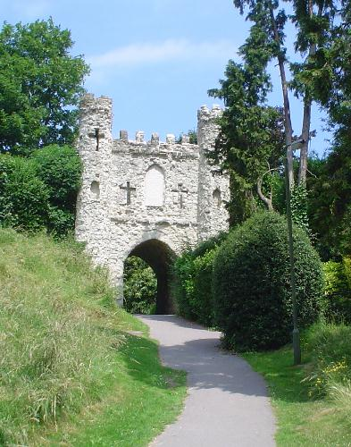 Reigate Castle folly